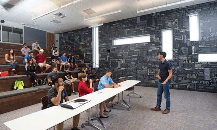 emprendedores en universidad